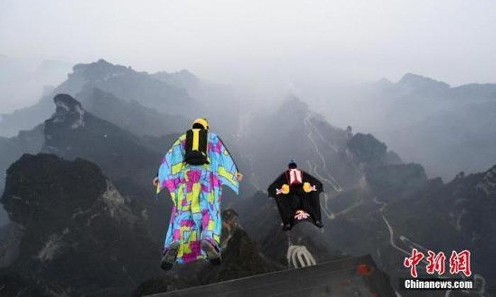 สลด! นักกีฬาวิงสูทชาวแคนาดา ประสบอุบัติเสียชีวิตขณะฝึกบินในจีน